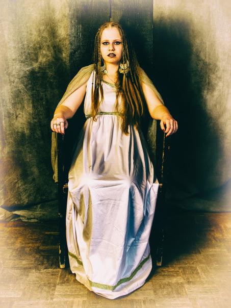 Biana (ehem.) als Kleopatra